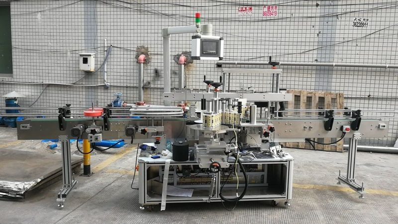 چین خودکار چپکنے والا اسکوائر بوتل لیبلنگ مشین ڈبل سائیڈ سپلائر